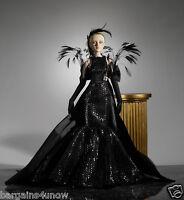 Tonner Antoinette Dramatic Vinyl Doll 16