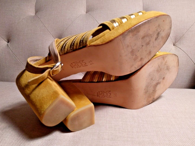 No. 6 Lola High Heel Platform Sandal Sandal Sandal Sz 11 suede mustard giallo  405 bab4df