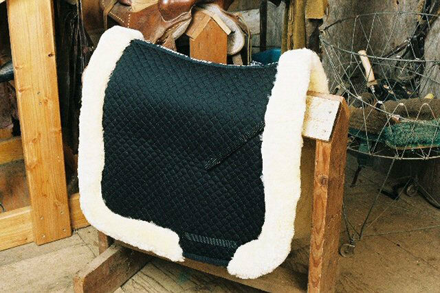 Sheepskin Dressage Saddle Blanket  Lined W Full Rolled Edge - 3 colors  the lowest price