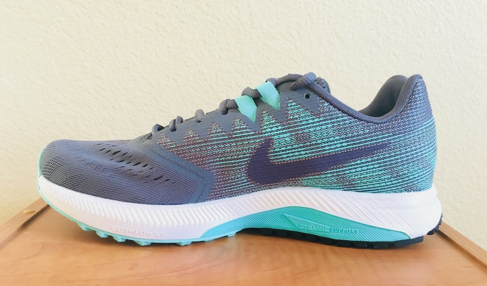 Nike Women's Zoom Span 2 Running shoes Carbon Turquoise Raisin Sz 8.5 909007-004