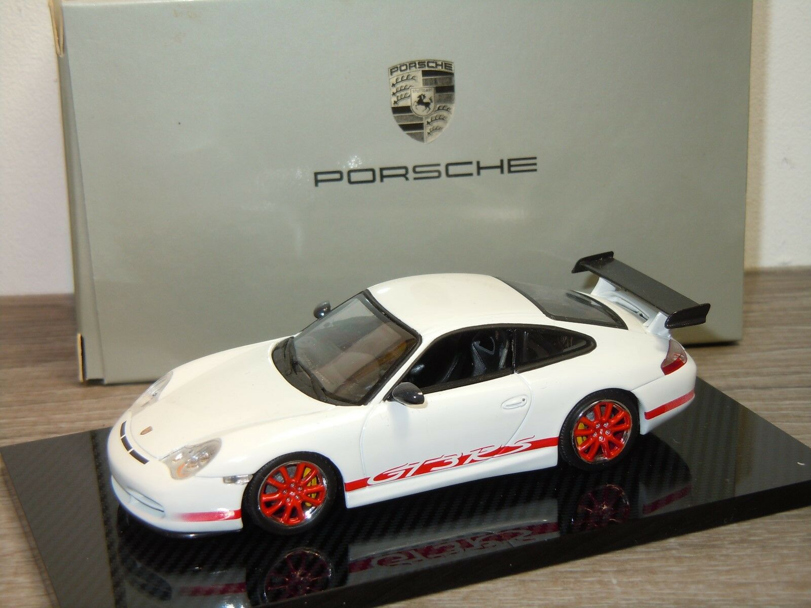 Porsche 911 996 GT3 RS - Minichamps 1 43 in Box 34070