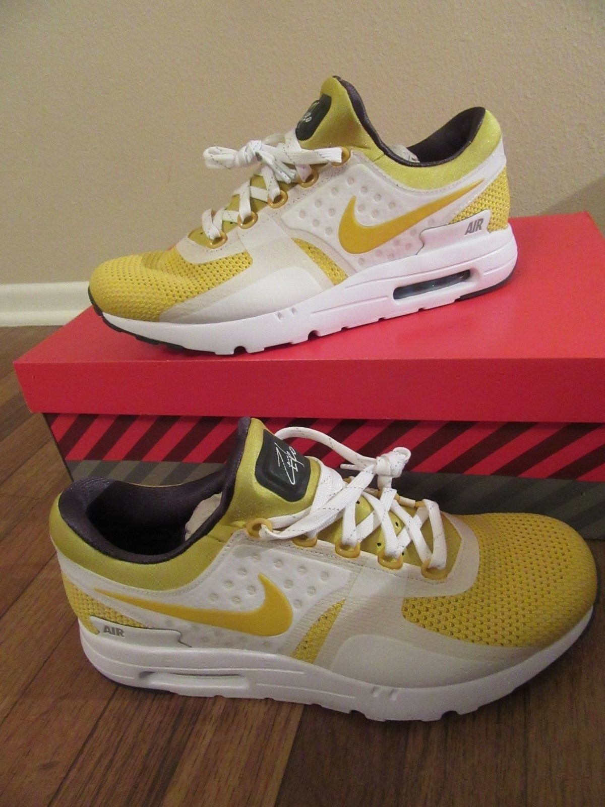 Nike Air Max Zero QS Size 11.5 White Yellow Tinker Hatfield 789695 100 New NIB