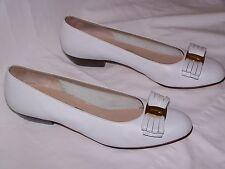 SALVATORE FERRAGAMO Bow Pumps/Heels - WHITE  Sz 8  Made in Italy