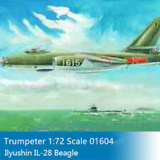 Trumpeter 01604 1/72 Russia Ilyushin IL-28 Beagle Tactical Jet Bomber Model Kits