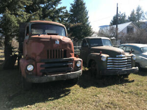 VINTAGE CARS AND TRUCKS FOR SALE !!!!