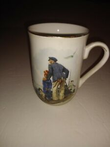 Norman-Rockwell-Museum-Looking-Out-To-Sea-Coffee-Tea-1986-Mug-Cup-Gold-Rim