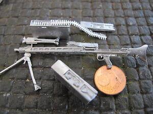 WWII Wehrmacht mitrailleuse mg42 avec ceinture encadré Metal RC Tank Accessoires 1/16  </span>