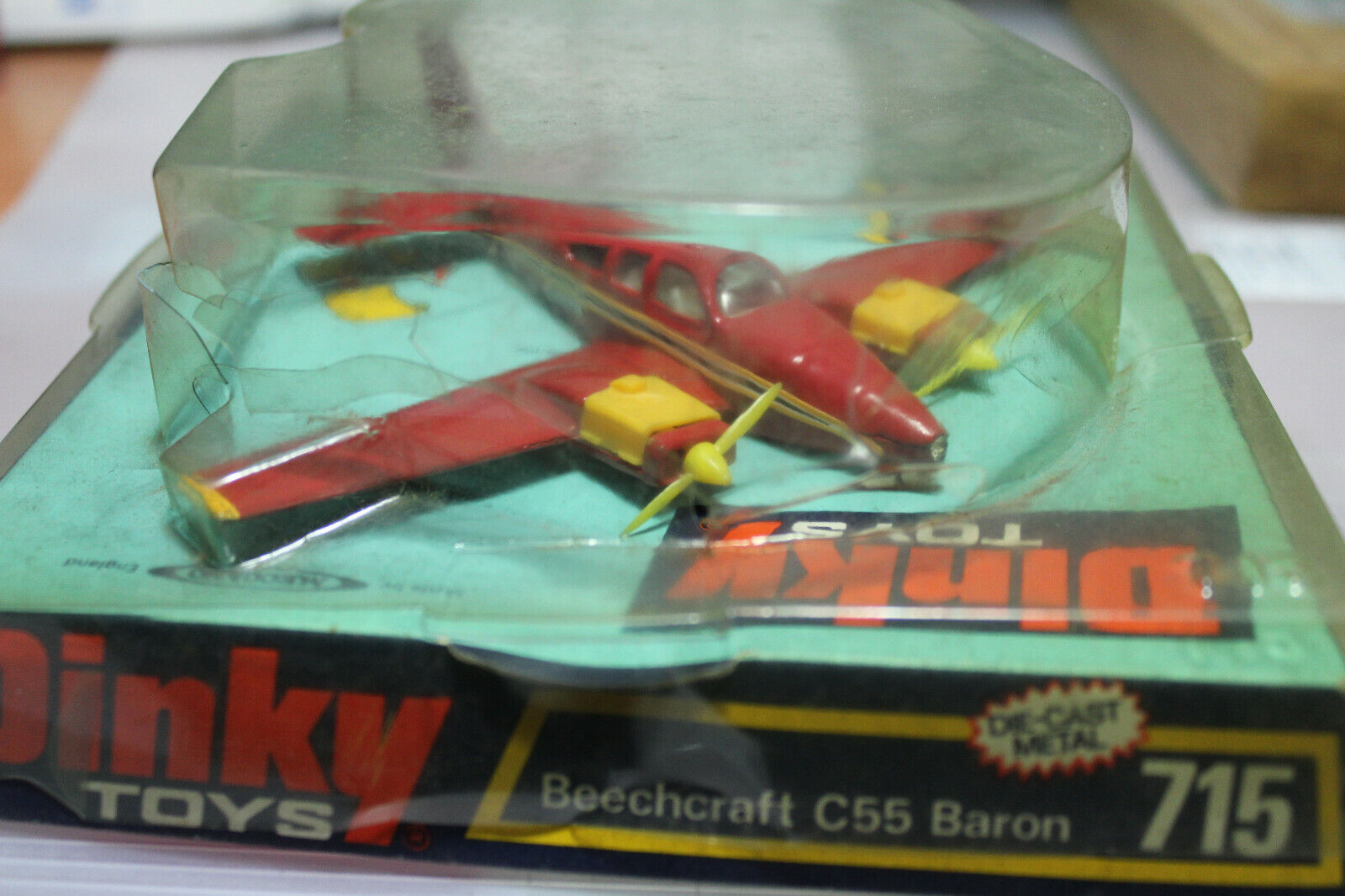 DINKY TOYS GB AVION BEECHCRAFT C55 BARON NEUF BOITE