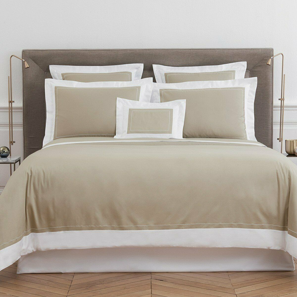 FRANCE YVES DELORME UCETIA SOLID COLOR COTTON SATEEN DUVET COVER IN WHITE FRAME