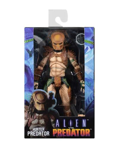 NEC0NC51689 NECA Hunter Arcade 20cm Scale Action Figure Alien Vs Predator
