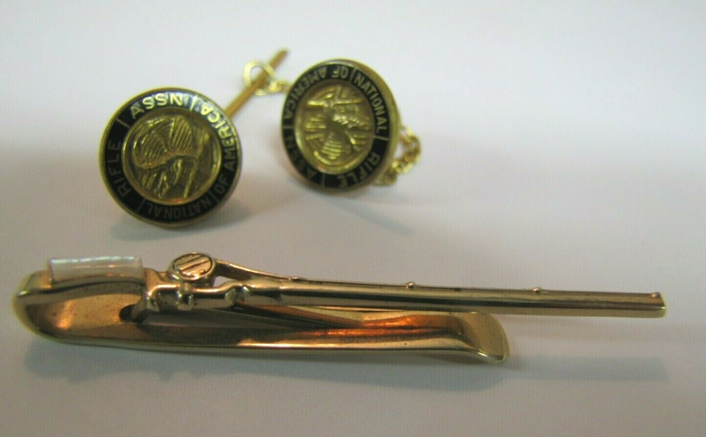 Old Rifle Style Antiqued Details Swank Rifle Tie Clip Faux Wood Stock Golden Metals Vintage Tie Accessories
