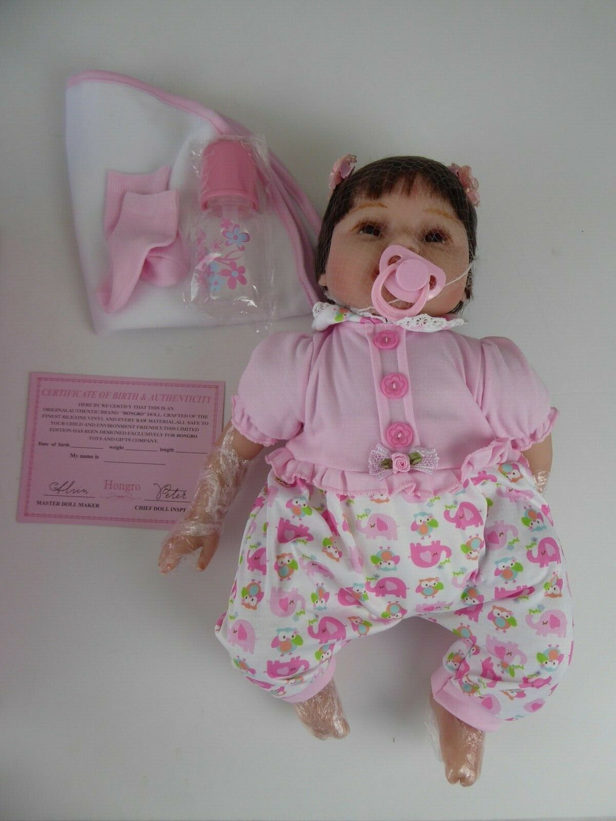HONGRO DOLL REBORN - SILICONE VINYL WITH ACCESSORIES - NEW AND BOXED