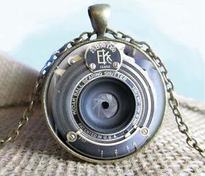 EK-Vintage-Camera-Lens-Pendant-Necklace-Jewelry-Photography-enthusiasts-necklace