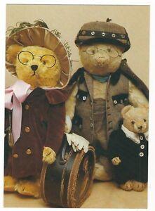Teddy bar mantel
