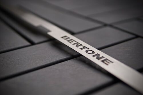 /'Bertone/' Stainless Steel Plate for Irmscher Grill Astra G MK4