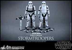 Star Wars Ep.   Ensemble de figurines de sixième échelle Stormtroopers de Vii, par Hot Toys
