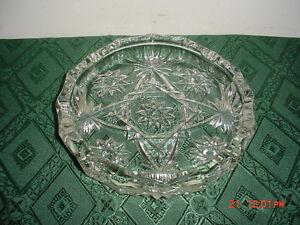 ANCHOR-HOCKING-034-STAR-OF-DAVID-034-8-034-ROUND-ASHTRAY-SCALLOPED-RIM-VINTAGE-FREE-SHIP