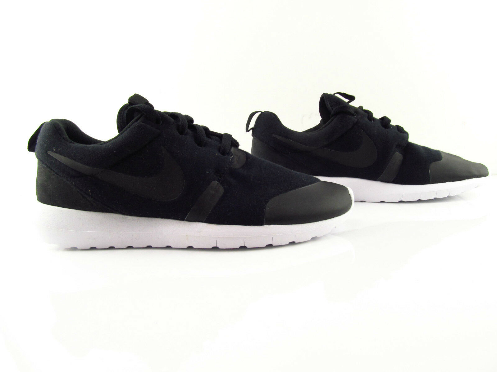 Nike Rosherun NM TP Roshe Tech Pack Black Running Fleece UK_8  US_9 Eur 42.5