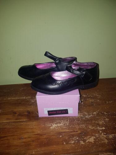 Cheap UK13,13.5,1,1.5,2,2.5 Girls Petite Zee School Shoes Warehouse Clearance