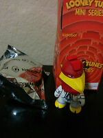 Foghorn Leghorn - Kidrobot Looney Tunes - 3 Vinyl Figure