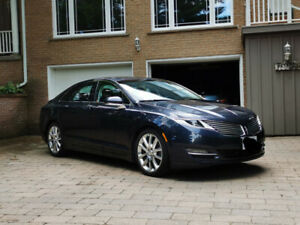 2013 Lincoln MKZ 2.0T showroom condition, very low km 240hp270tq