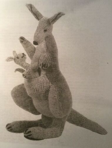 DK  Knitting Pattern Soft Toy kangrtoo