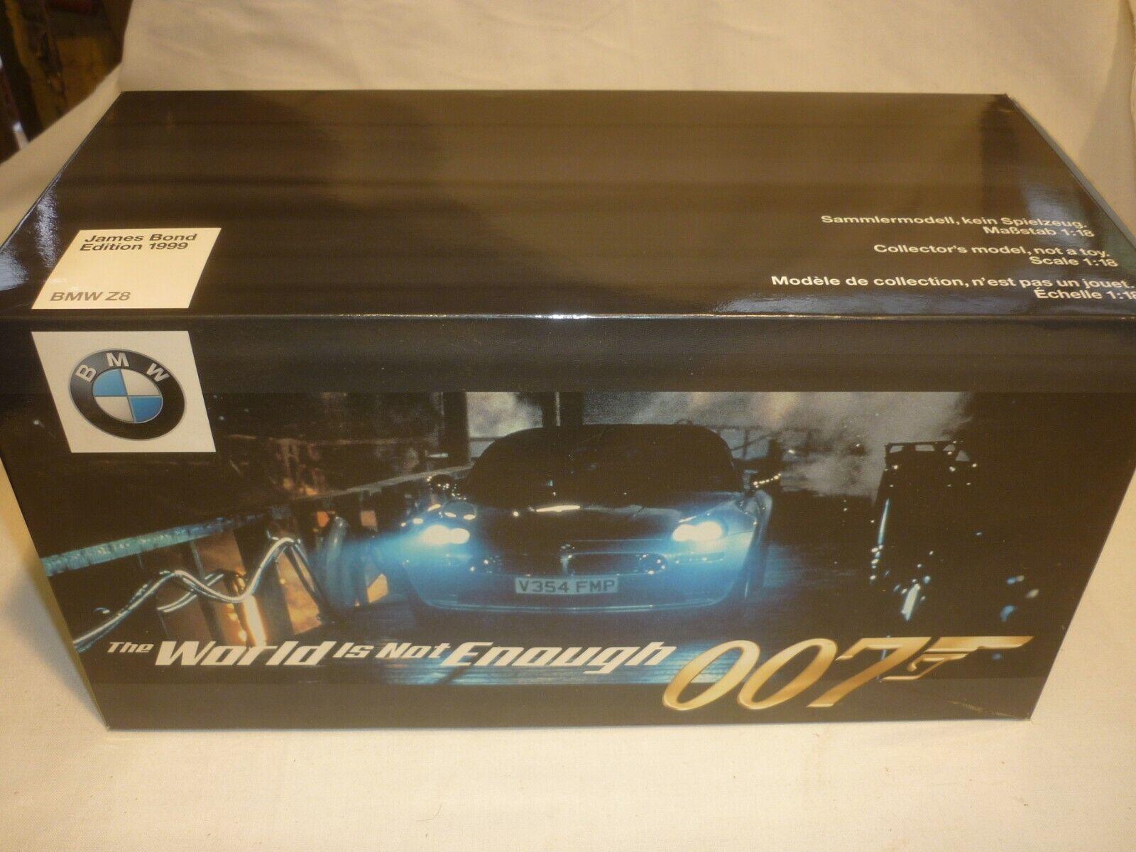 Minichamps un modelo a escala de un BMW Z8 James Bond  El mundo no es suficiente