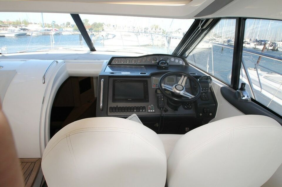 Princess 45 HT, Motorbåd, årg. 2012