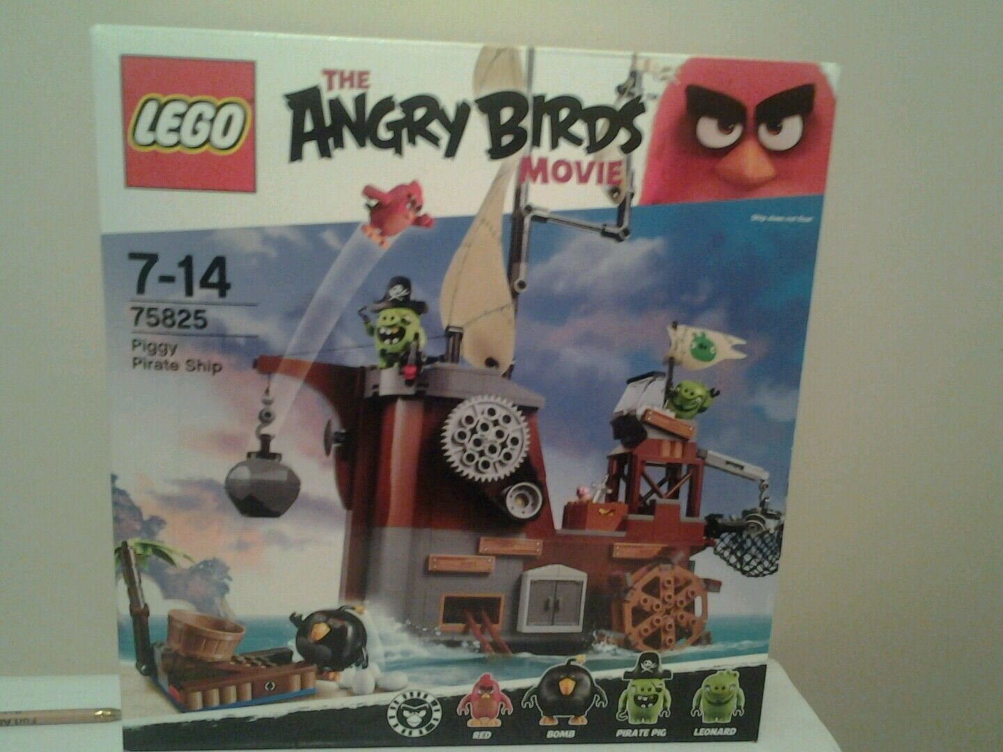 Lego 75825 angry birds the movie unopened