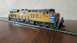 Union-Pacific-GE-ES44AC-locomotive-MTH-DC-DCC-sound-custom-pro-painted-7964