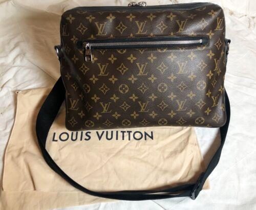 Luis Vuitton Authentic Torres Messanger Bag W/ Dus