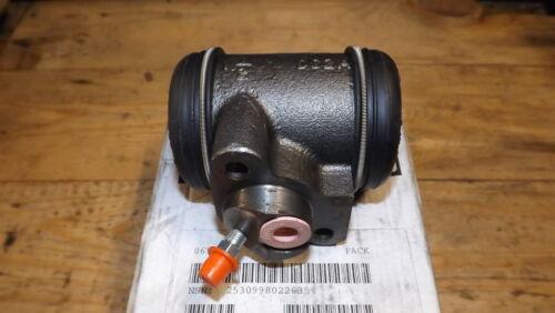 .LH Rear brake cylinder.Pt.No.7167251.Last one. Bedford MJ MK P