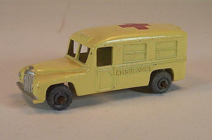 MATCHBOX regular regular regular WHEELS n. 14 a Daimler Ambulance rosso CROSS MTW LESNEY  158 392556