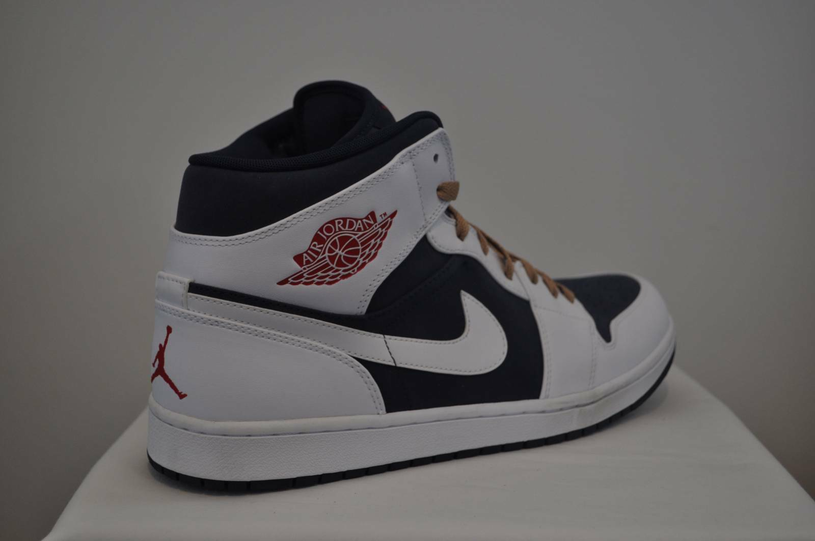 best loved 0c300 8bc9d Nike Air Jordan Jordan Jordan Retro 1 Mid Obsidian Gym Red White Olympic  size 14 US
