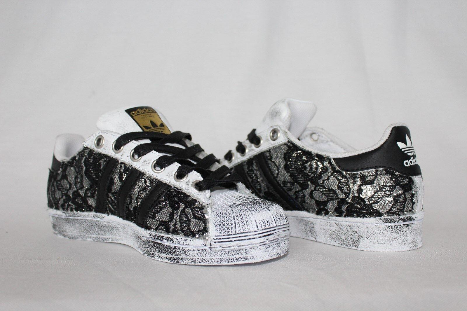 chaussures adidas glitter super star con glitter adidas argento con pizzo nero e sporcatura e70e20