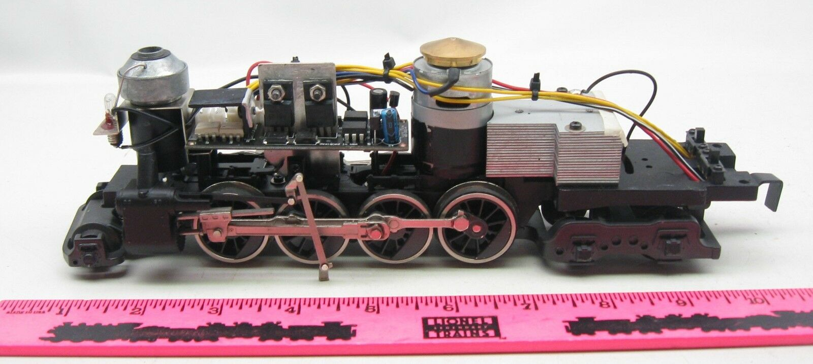 Lionel 2-8-4 Steam Locomotive motor frame assembly with smoke