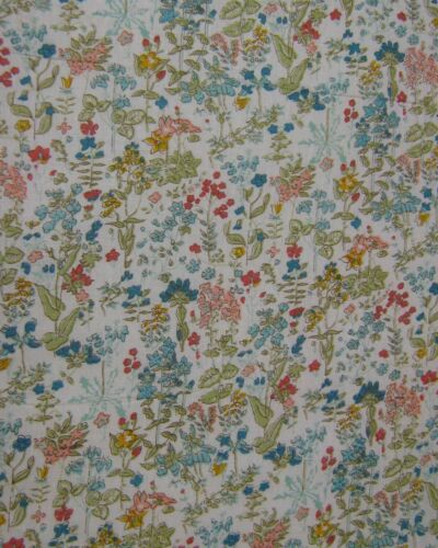 Multi Flowers Des 67 100/% Cotton Prints Dress Craft Fabric 160cm FREE P /& P
