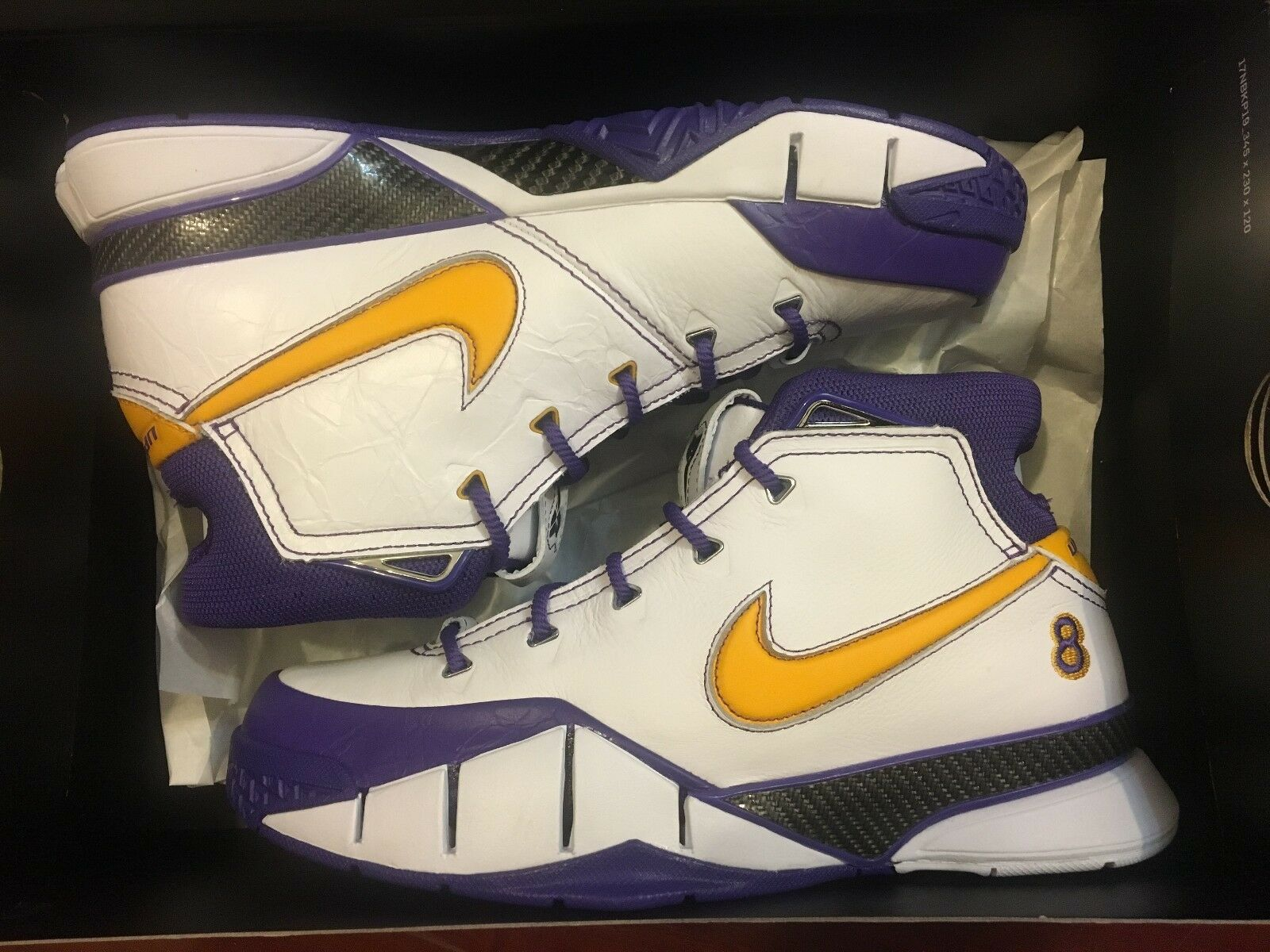 NEW NIKE KOBE 1 PROTRO CLOSE OUT FINAL SECONDS WHITE SHOES AQ2728-101 MEN SIZE 8