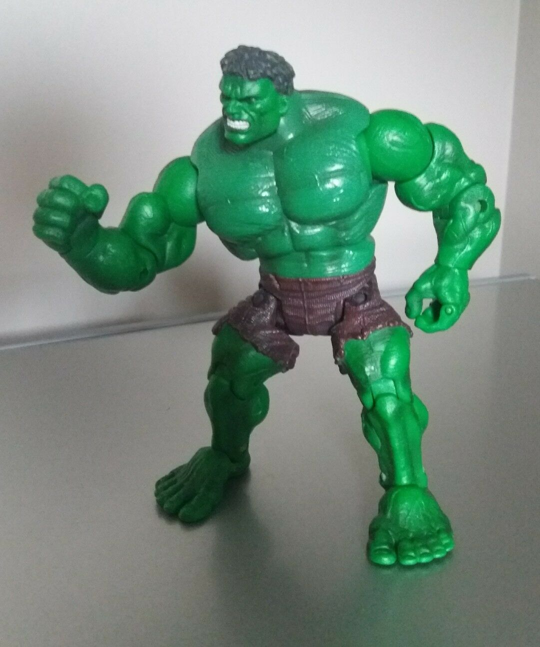 Rare 7  The Incredible Hulk Super Poseable Leaping Figure 2002 universals Marvel