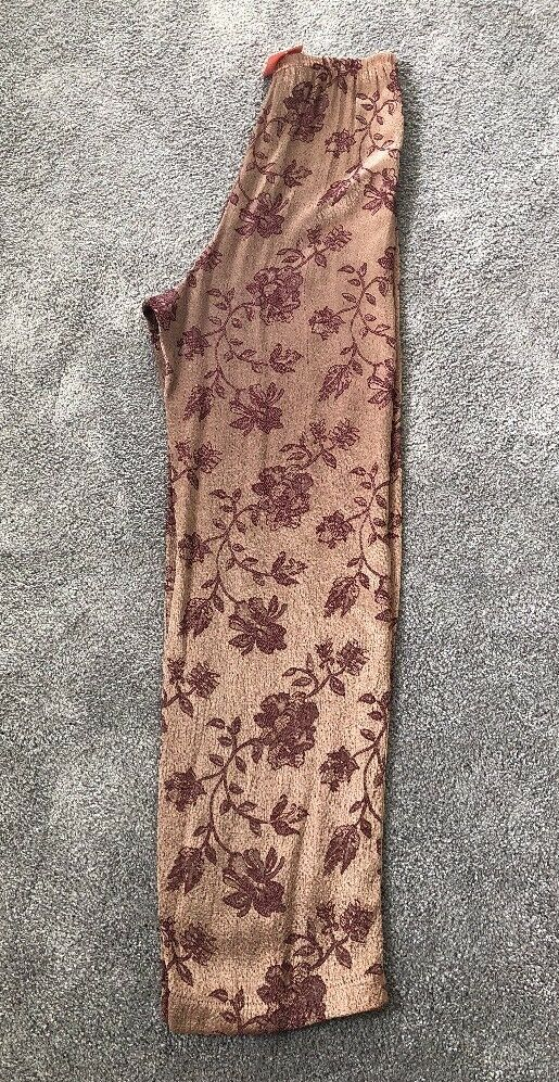 women Jessica Printed Floral Women's Pants Size 0. NWT         119