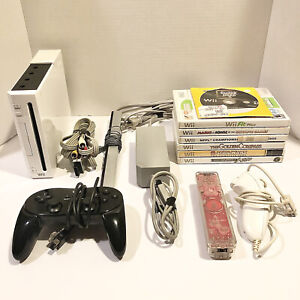 Nintendo Wii White Console RVL-001 Bundle with Cables, Controllers & 7 Games