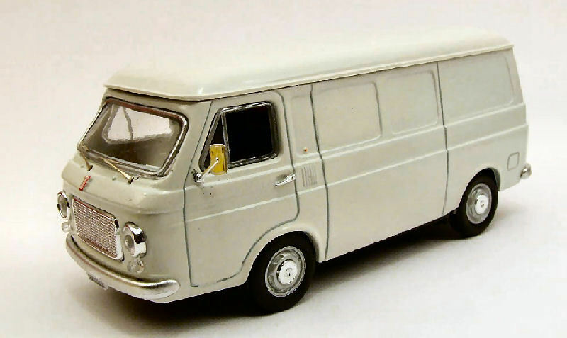 Fiat 238 1970 blanc 1 43 Model RIO4235 RIO   magasin fait l'achat et la vente