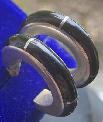 Vintage 950 silver and onyx hook earrings