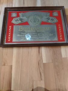 VINTAGE-BUDWEISER-BEER-ANHEUSER-BUSCH-MIRRORED-WOOD-FRAME-PICTURE-BAR-SIGN-25x18