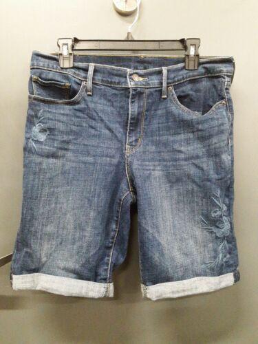 Levi Strauss & Co. Bermuda Blue Jean Shorts Flower