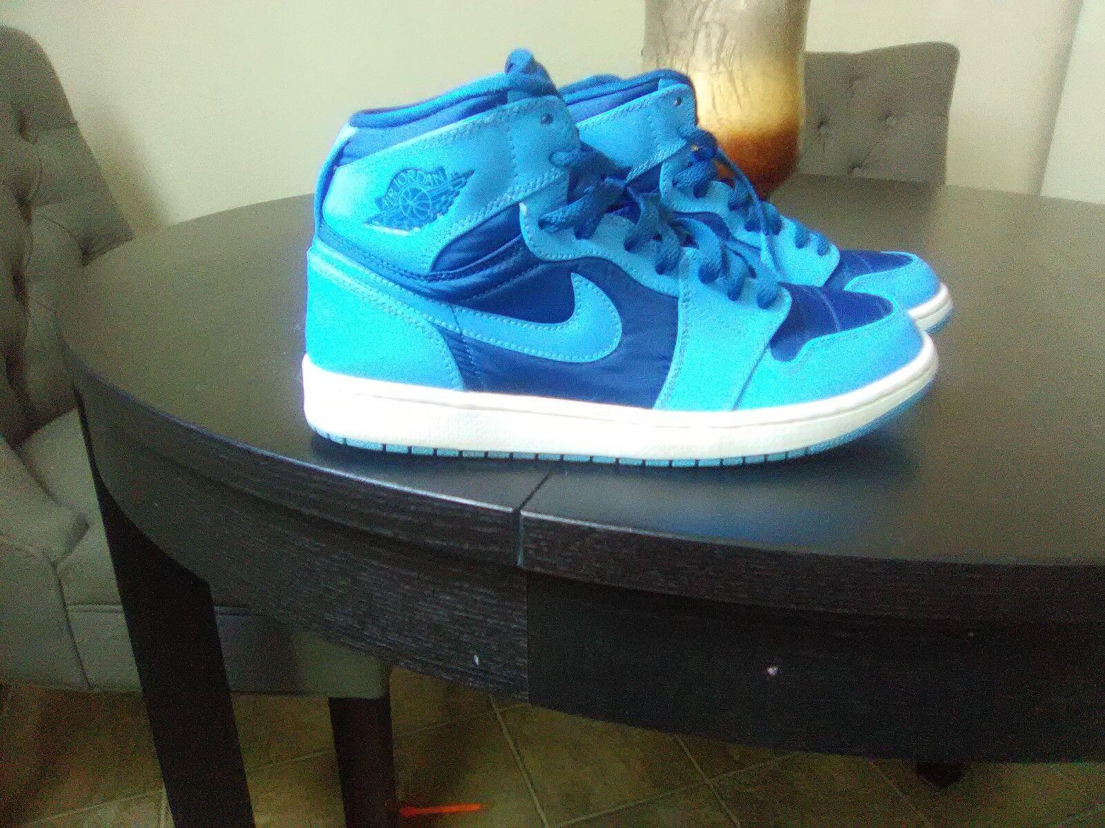 Nike Air Jordan 1 High tops French bluee University bluee Carolina UNC Size 8.5