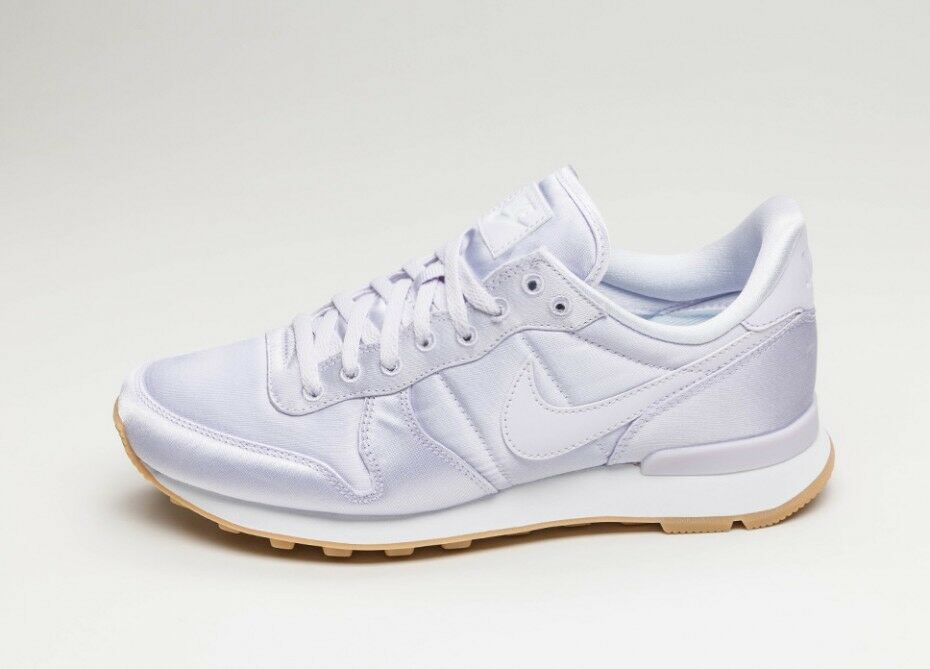 0c4ff4523d1e ... Women s Nike Internationist QS  Pastel Satin Pack  Size Size Size 6  919989-500 ...