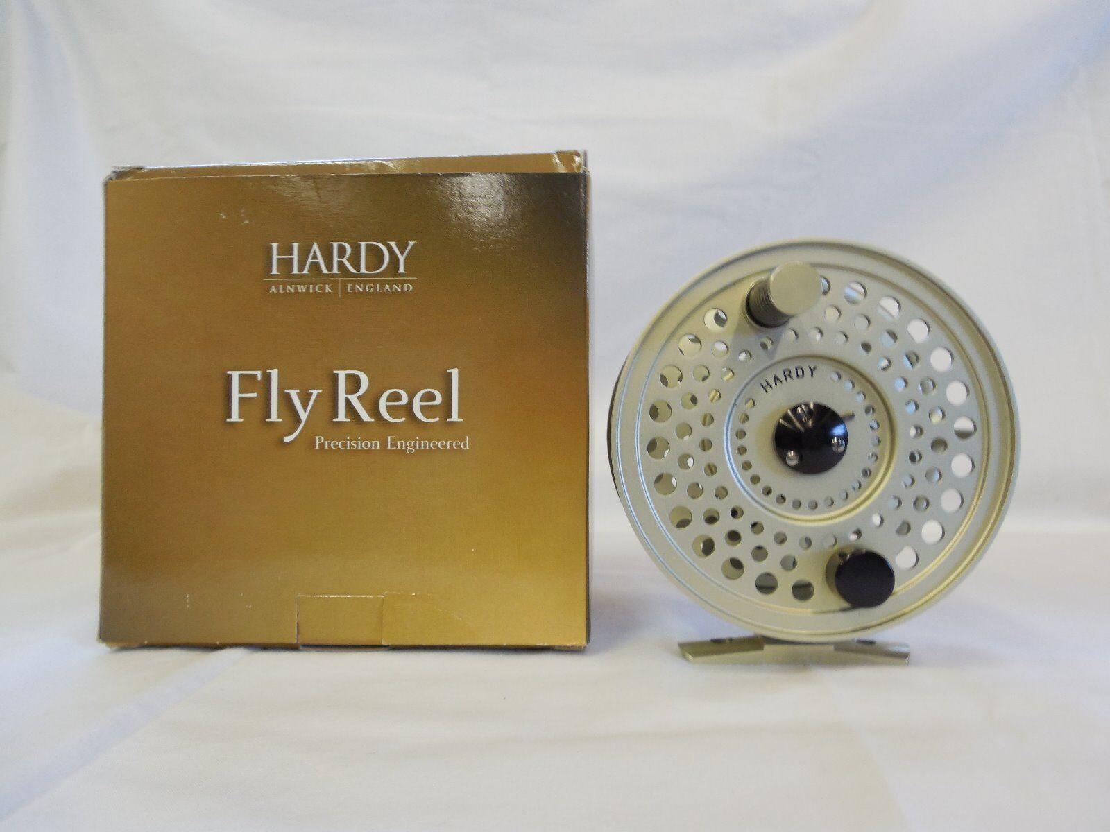 Hardy derecho o zurdo Sirrus 8-9 Cocherete de pesca con mosca