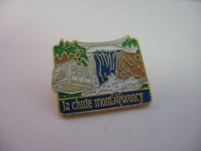 Nice Design LA CHUTE MONTMORENCY Waterfall Quebec Canada Pin