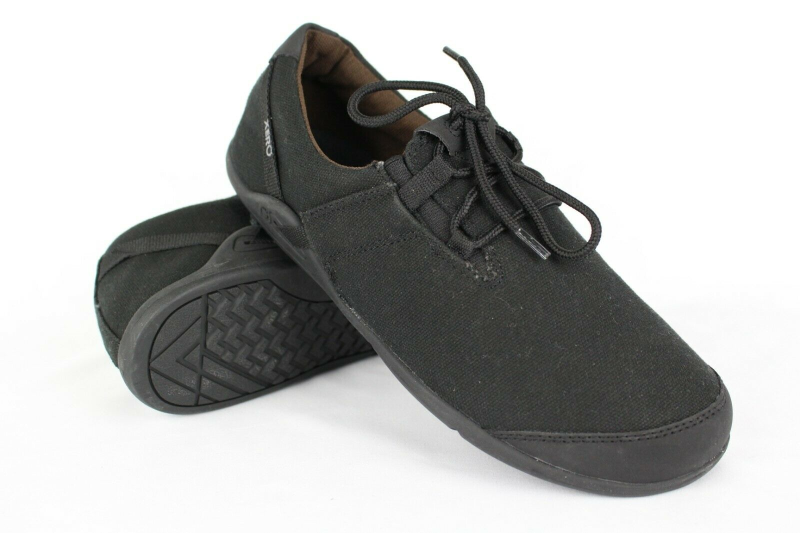 Xero shoes Men's Hana Casual Canvas Barefoot Inspired shoes Size 9 Black